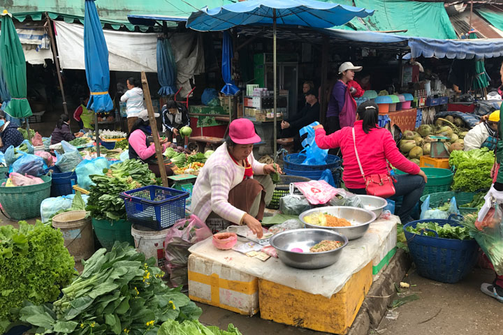 The Foods and Fashions of Phosi Market in Luang Prabang