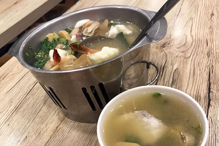 A-Roy Thai Restaurant in Novena