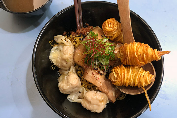 Noodles and other amazing eats at Amoy Street